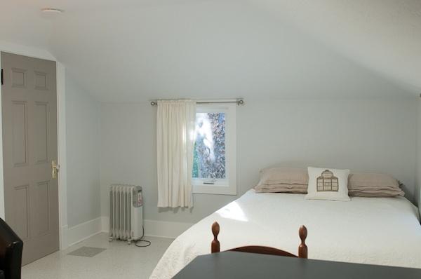 Tiny house-Bedroom B