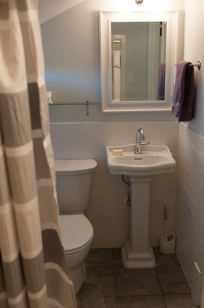 Tiny house-toilet