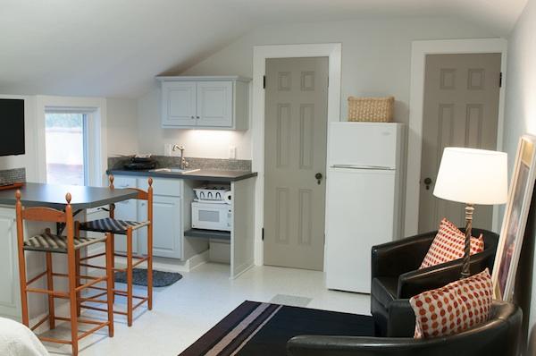 Tiny house-kitchen living